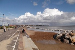 <b>Local Area Photo:</b><br>Felixstowe Beach